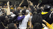 Tigers beat Hofstra, 67-64, in final men's basketball game at Towson Center