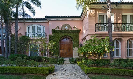Singer-songwriter's mansion