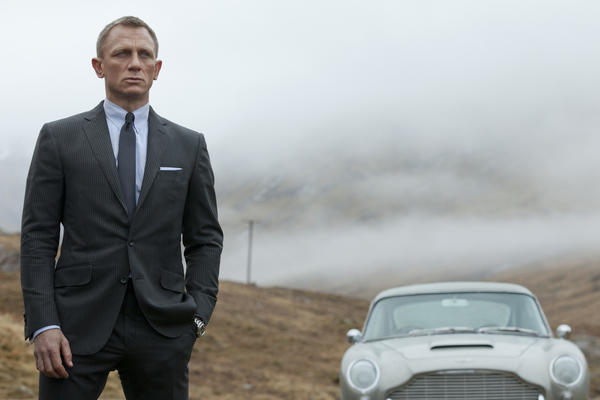"""Skyfall,"" the 23rd installment in the massive James Bond movie franchise, has joined the $1-billion box office club.   The Daniel Craig action film made an estimated $4.6 million at North American ticket wickets the weekend after Christmas of 2012, and an additional $10.6 million overseas, to edge ""Skyfall"" over the $1-billion mark.  To date, the movie has grossed just over $304 million on these shores, and just over $804 million abroad, making it the most successful Bond movie ever, the highest-grossing movie of all time in the United Kingdom, and the top international movie for distributor Sony."
