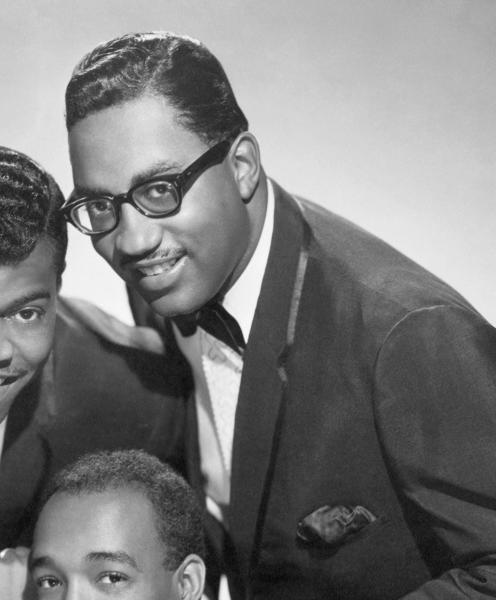 Bobby Roger (top right), a founding member of the Miracles singing group with Smokey Robinson, died on Sunday at his home in suburban Detroit after a lengthy illness, the Detroit Free Press newspaper said.