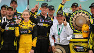 AVONDALE, Ariz. -- Carl Edwards snapped a 70-race winless streak with an overtime victory in Sunday's NASCAR race at Phoenix International Raceway.