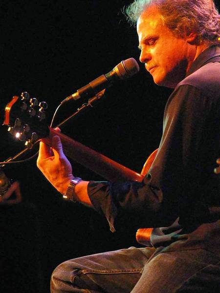 Pat Donohue performs Saturday and Sunday at Roaring Brook in Canton.