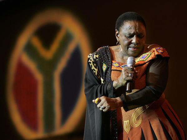 """South African singer Miriam Makeba, known as """"Mama Africa,"""" performs at West Angeles Church in 2005."""
