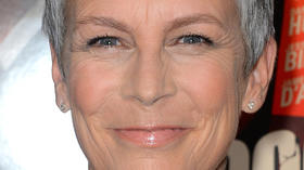 Jamie Lee Curtis likens Seth MacFarlane's Oscars to a 'roast'