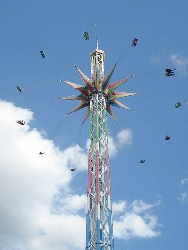The StarFlyer on the Magical Midway on International Drive in Orlando