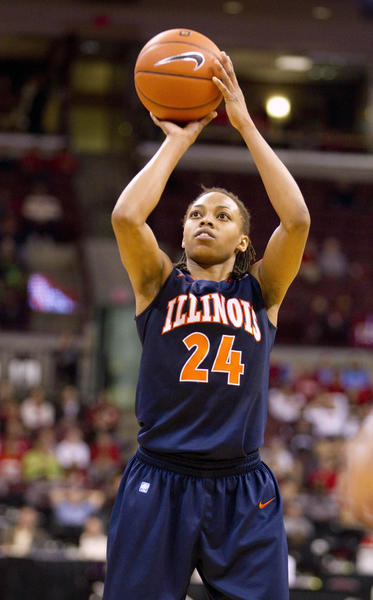 Illini guard Adrienne GodBold attempts a free throws against Ohio State.