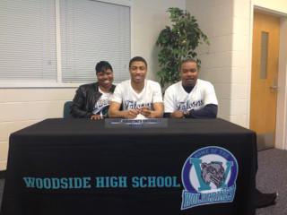 Donte Butler signs with St. Augustine's.