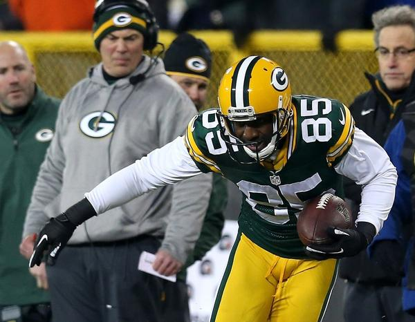 Green Bay Packers receiver Greg Jennings, shown breaking a tackle by Minnesota's Chris Cook during the playoffs earlier this year, will become a free agent next week.
