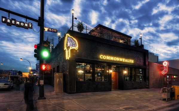 Commonwealth, a pre-Prohibition-style pub on Fremont Street