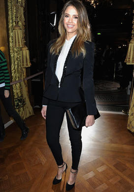 Jessica Alba attends the Stella McCartney fall 2013 runway show during Paris Fashion Week.