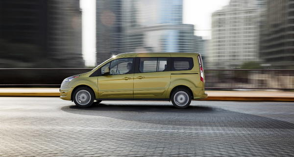 The 2014 Ford Transit Connect Wagon will be available in a version running on compressed natural gas.