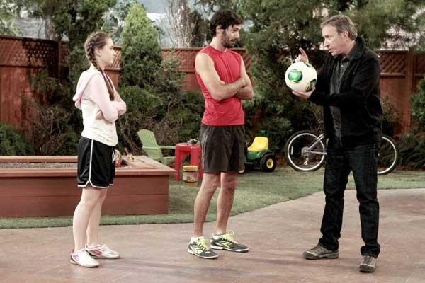 """Kaitlyn Dever, Ezequiel Stremiz, Tim Allen on """"Last Man Standing"""" on ABC"""