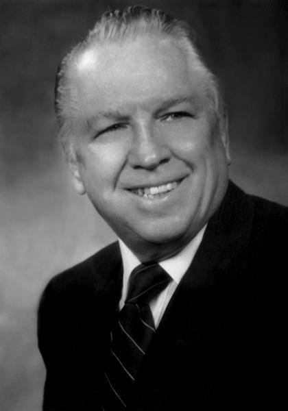 """Former Naperville Mayor Chester """"Chet"""" Rybicki"""
