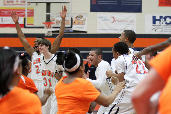 Reservoir celebrates region title