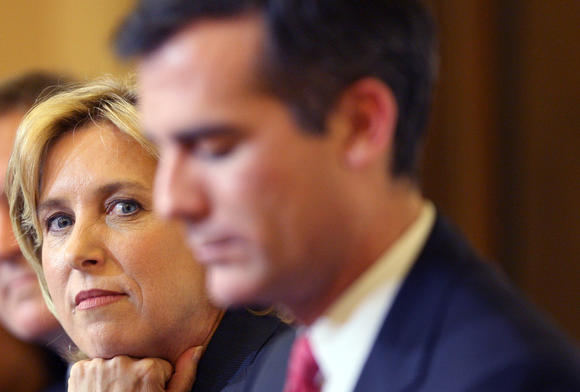 Mayoral candidates Wendy Greuel and Eric Garcetti