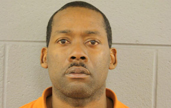 $250K bail set for Humboldt Park robbery suspect