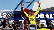 Kenseth holds off Kahne to win in Vegas, Bowyer 27th