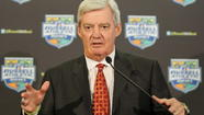 Virginia Tech coach Frank Beamer steals the spotlight during his team's version of the Harlem Shake.