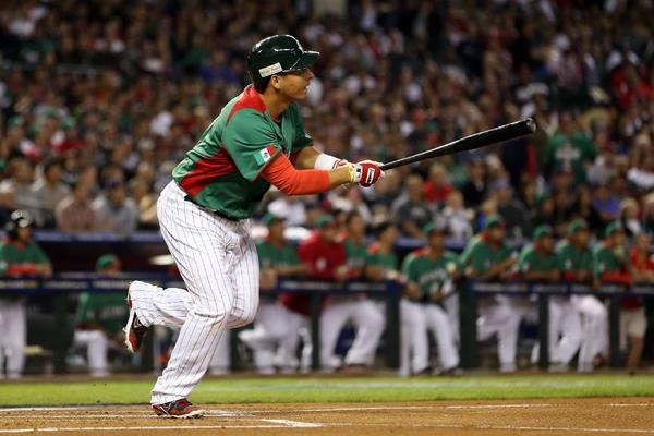 Luis Cruz played for Mexico in the World Baseball Classic.