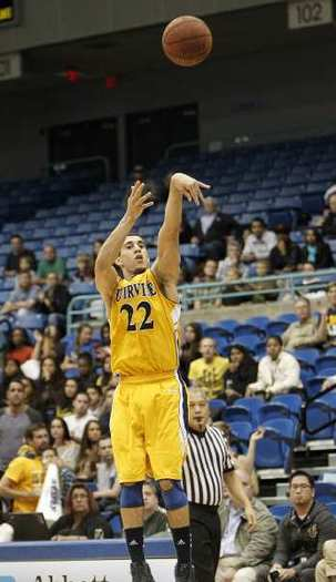 Daman Starring leads UC Irvine in scoring at 13.3 points per game with six 20-point games this season.