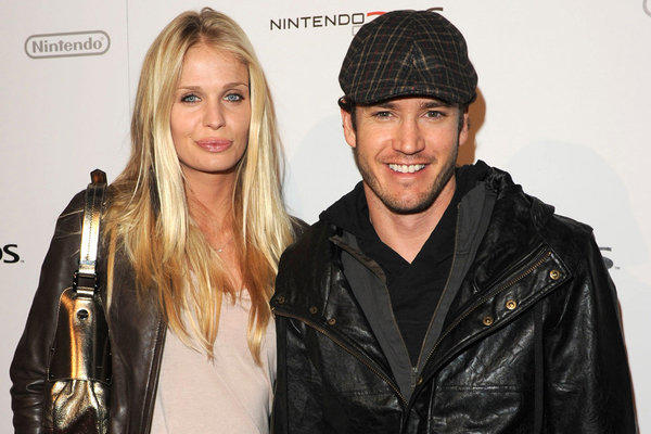 Mark-Paul Gosselaar's wife, Catriona McGinn, is pregnant