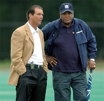 Sun archives: Baltimore Colts photos - Steve Bisciotti (l) and Lenny Moore