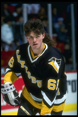 Former Pittsburgh Penguins star Jaromir Jagr had one of the NHL's most recognizable mullets of all time.