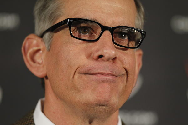 Chicago Bears General Manager Phil Emery has decisions to make as NFL free agency begins Tuesday.