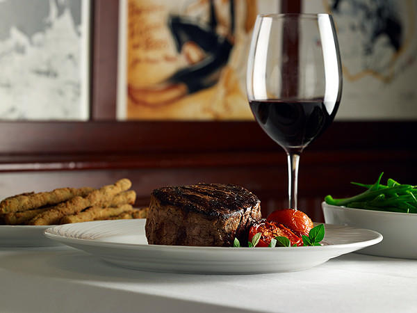 "The 14-ounce filet mignon at The Palm Restaurant at Hard Rock Hotel at Universal Orlando Resort.<br><br><a href=""http://findlocal.orlandosentinel.com/listings/palm-restaurant-orlando"">Get venue details here</a>"
