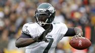 Philadelphia Eagles quarterback Michael Vick has been forced to cancel a series of book-signing dates because of death threats.