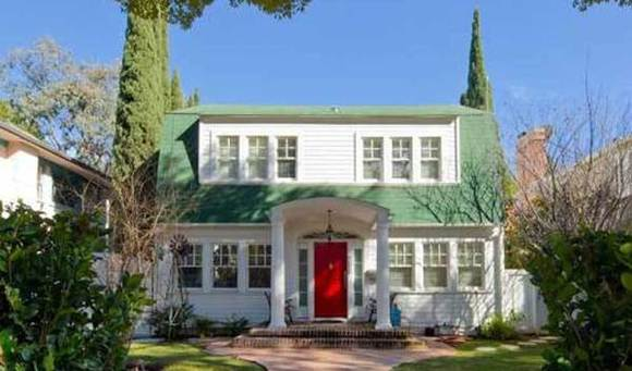 'Nightmare on Elm Street' house sells