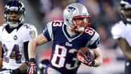 Wes Welker, an undersized receiver who gained prominence as Tom Brady's go-to guy with the New England Patriots, will begin catching passes from Peyton Manning after he signs a two-year contract with the Denver Broncos.