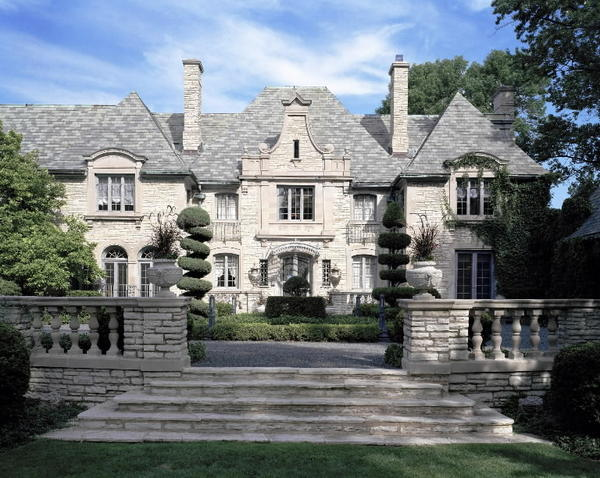 In 2002, Muneer Satter paid $9.5 million for this 22-room mansion in Winnetka. Now the retired Goldman Sachs senior partner paid $4.1 million through a bank trust for property next door.