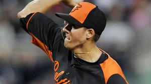 Orioles prospect Kevin Gausman overcomes early wildness in first spring start