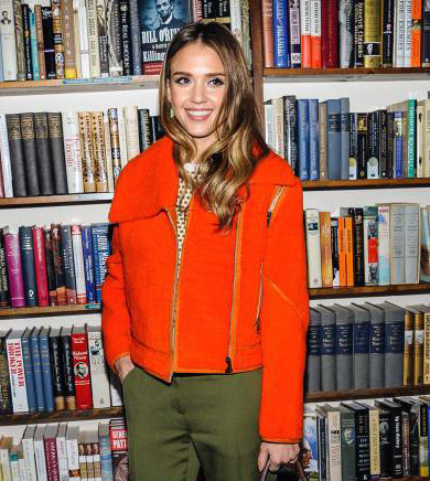 Celeb-spotting around South Florida - Jessica Alba at Books & Books