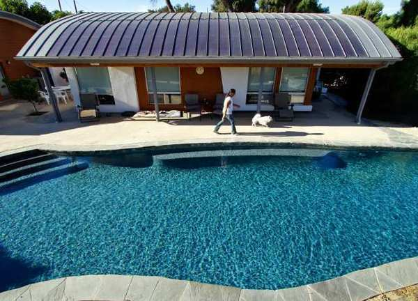 This 6,000-square-foot house in Chatsworth boasts one of the country's largest installations of thin-film solar panels.