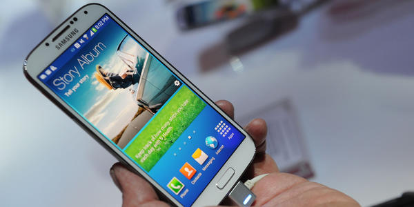 "<h2>Galaxy S4</h2> <p><i>Trending on: National Twitter, Baltimore Twitter, Google Trends</i></p> <p><b>Why:</b> With the glitz of a Broadway musical, Samsung introduced its Galaxy S4 smartphone Thursday night at an event in New York. The device will makes its debut this spring on the four major wireless carriers: AT&T, Verizon, Sprint and T-Mobile. The company hasn't revealed pricing details. [ <a href=""http://www.usatoday.com/story/tech/personal/2013/03/15/specs-iphone-blackberry-samsung-galaxy/1990035/"" target=""_target"">USA Today</a> ] </p><BR>"