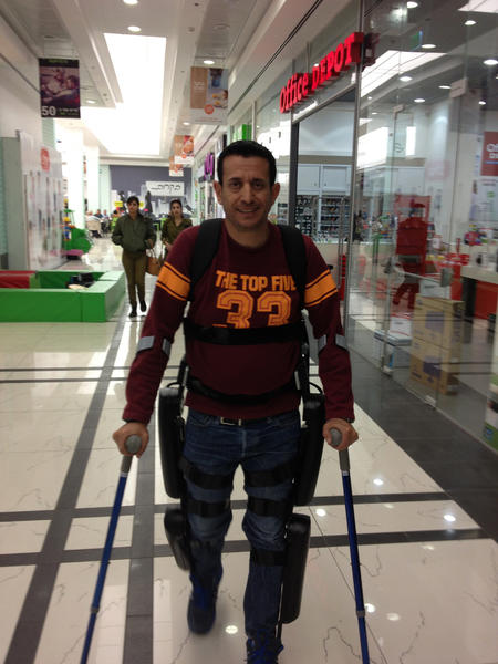 Radi Kaiuf, using the ReWalk device that enables paraplegics to walk with the help of robotic leg braces, completed a 10-kilometer race in Tel Aviv.