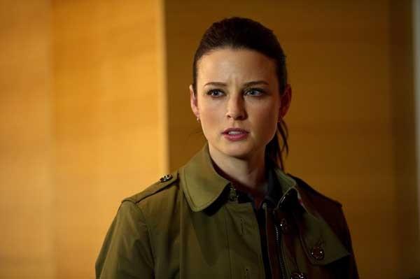 """Rachel Nichols in """"Continuum"""" on Syfy"""