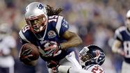 Donte Stallworth, the free-agent wide receiver who played for the New England Patriots last season, is recovering from severe burns he sustained when a hot-air balloon that was carrying him and two other passengers crashed into power lines in Homestead, Fla.