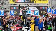 Kasey Kahne won a Sprint Cup Series race at Bristol Motor Speedway for the first time Sunday after Brad Keselowski struggled on the final restart.
