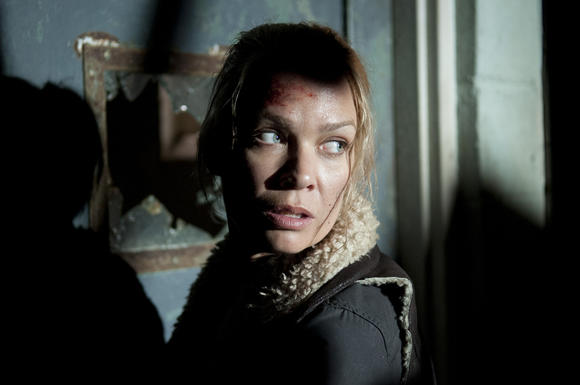 Andrea (Laurie Holden) has finally had enough of Woodbury