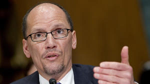 Obama picks Perez to lead U.S. Labor Department