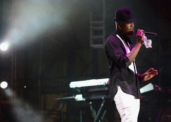 MIAMI GARDENS, FL - MARCH 17:  Ne-Yo performs at the 8th Annual Jazz in the Gardens Day 2 at Sun Life Stadium presented by the City of Miami Gardens on March 17, 2013 in Miami Gardens, Florida.  (Photo by Larry Marano/Getty Images for Jazz in the Gardens)