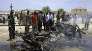 MOGADISHU, Somalia -- Ten people died and more than 15 were wounded Monday in a suicide bombing close to the presidential palace in the capital, according to Somali officials.