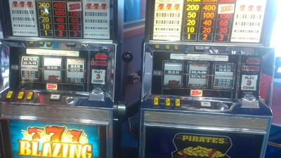 Internet cafe, senior arcades: 4 gambling experiences