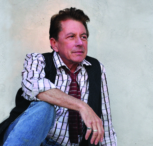 Texas singer and songwriter Joe Ely recovered personal items stolen from him while on tour last week in Northern California.