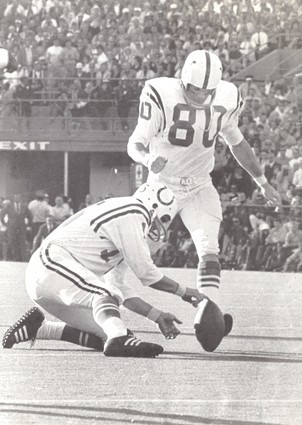 Sun archives: Baltimore Colts photos - Jim O