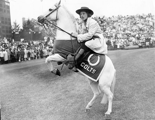 Sun archives: Baltimore Colts photos - Carolyn Clark and Dixie