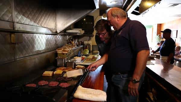 "A favorite Pasadena burger spot will star in the Travel Channel premiere of ""Burger Land."""